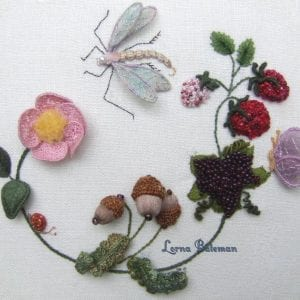 Dragonfly wreath 1000 text