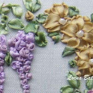 Vintage Victorian heart wisteria and daisies