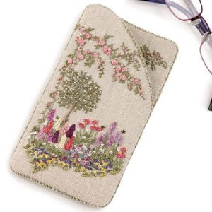 Embroidered-Country-Gardens-Glasses-case-close-up-shot