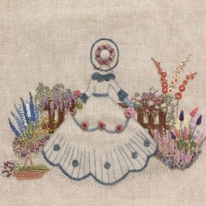 Embroidered-Country-Gardens-Vintage-gardener-bag-close-up-cropped